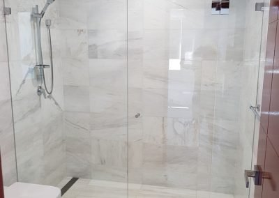 Showers screen mirros Sydney 13 e1520391905136