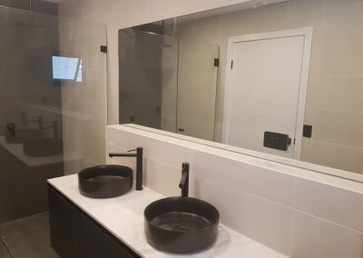 Showers screen mirros Sydney 9